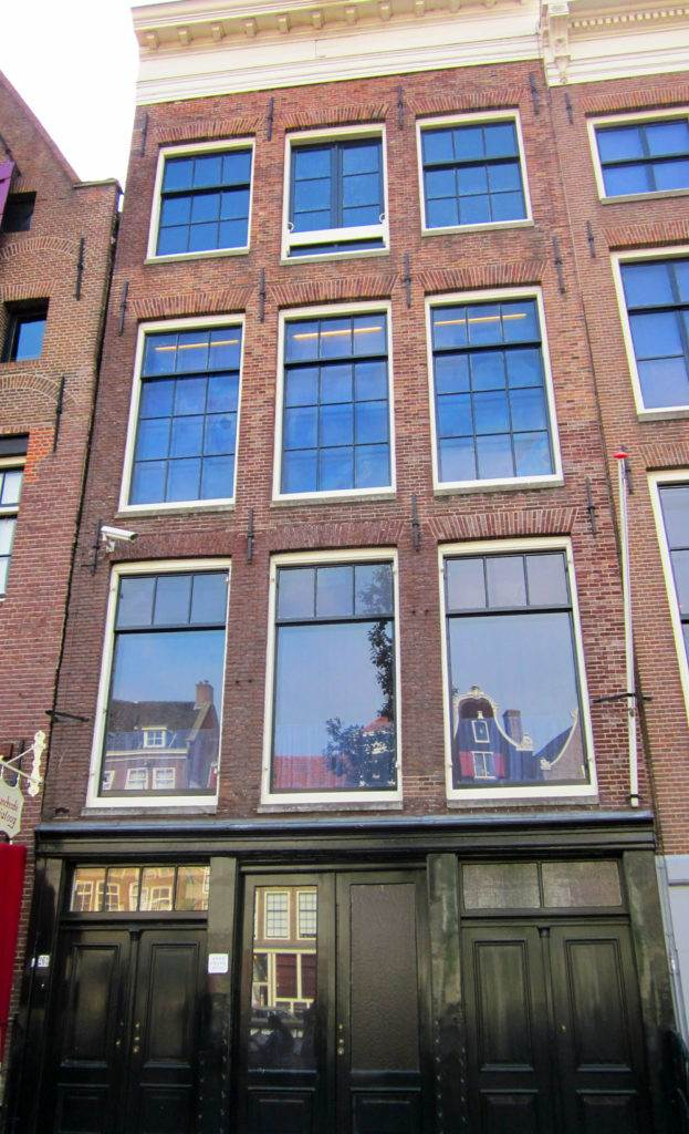 Anne Frank Huis | The Invisible Tourist