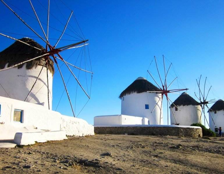 7 Completely Annoying Reasons Why Mykonos is Overrated | The Invisible Tourist