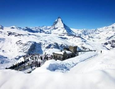9 Inspiring Reasons to Visit Switzerland in Winter (For Non-Skiers) • The Invisible Tourist
