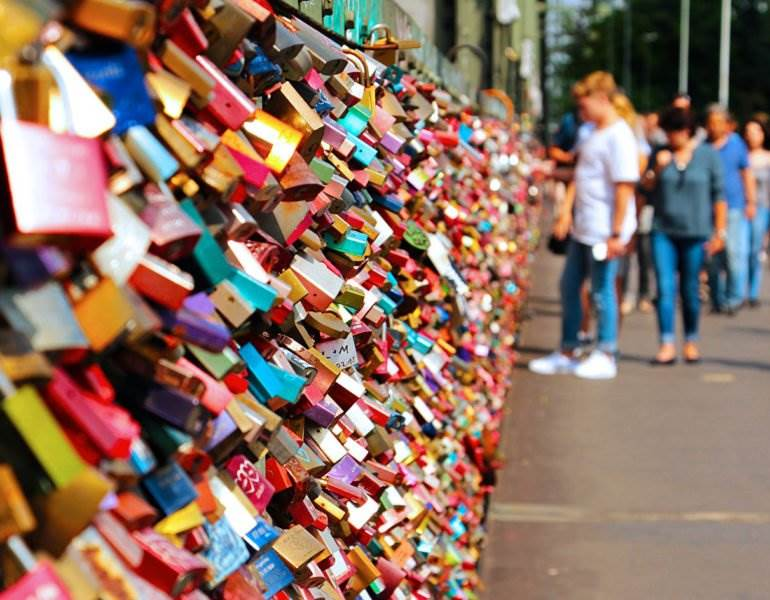 Why I'll Never Leave Love Locks in Paris (Or, Anywhere) •The Invisible Tourist