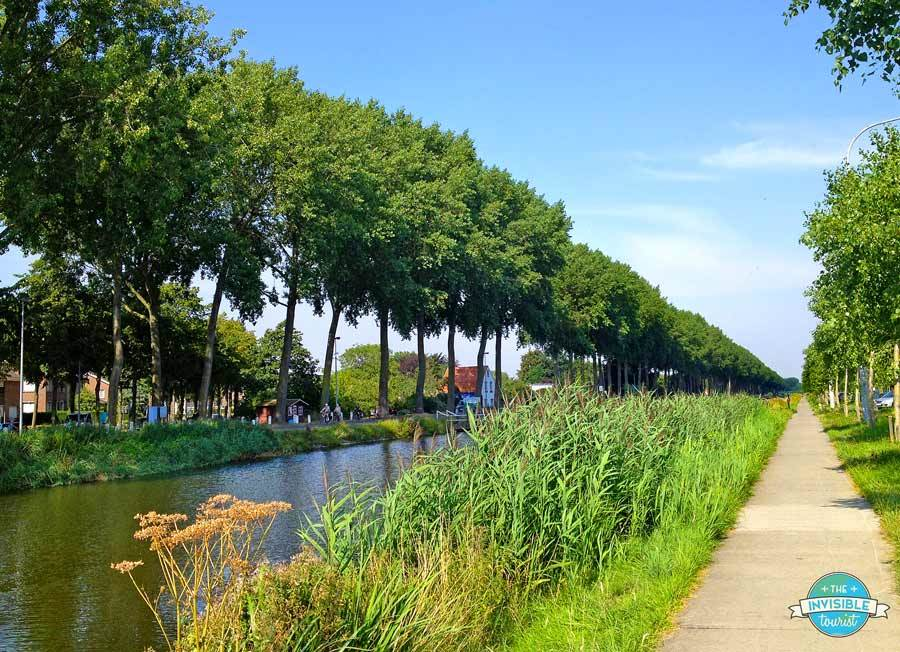 Damme Canal bike route