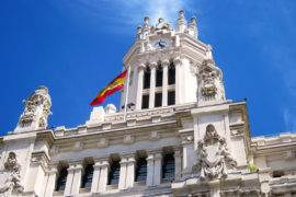 How to NOT Look Like a Tourist in Madrid, Spain | The Invisible Tourist