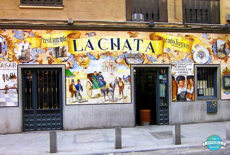 Évitez de ressembler à un touriste à Madrid en buvant de la bière et en mangeant des tapas