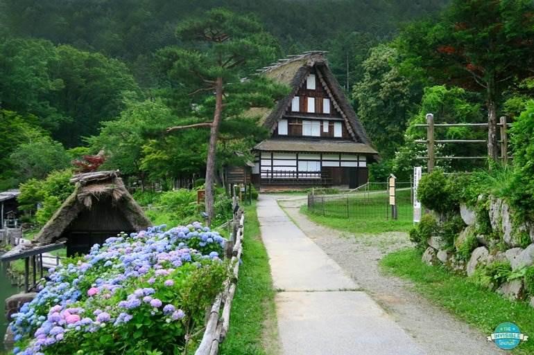 Add Hida no Sato to your Takayama itinerary for a perfect alternative to Shirakawago